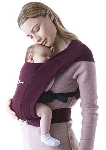 Ergobaby Embrace babydrager voor pasgeborenen vanaf de geboorte met hoofdsteun, extra zacht en ergonomisch (bordeaux)
