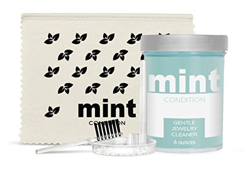 Mint Condition Gentle Jewelry Cleaner Kit with Polishing Cloth and Brush