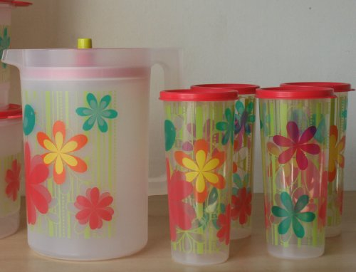 Tupperware Classic Push Top Button Pitcher 2.25 QT w/Print and 16 ounce Matching Tumblers w/ Seals
