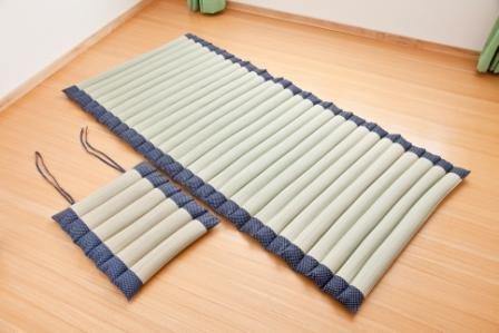 くるくる巻いて使える い草敷きマット&枕セット B00DOR8WXS