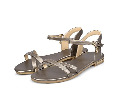 AmoonyFashion Womens No Heel Solid Buckle Soft Material Open Toe Flats-Sandals Gold zYFcSIBa