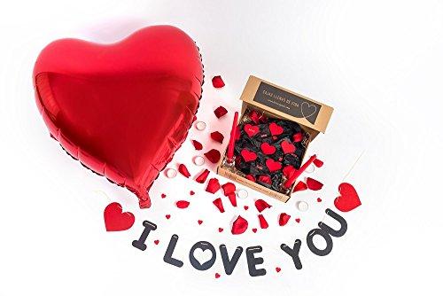 Pack ROMANTICO I Love You(100 Petalos Rosa Preservados+1 Guirnalda I Love You+1 Globo Corazon Gigante+6 Corazones Fieltro+ 4 Love+20 Mini Corazones Rojos+2 Candelabros Cristal+2 Velas Largas Rojas)