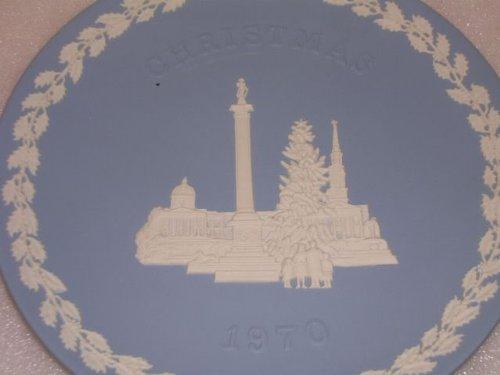 Wedgwood Trafalgar Sq Jasperware Christmas Plate 1970
