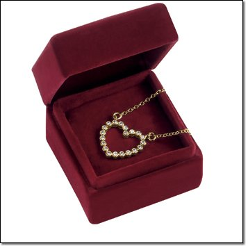 (Avon Rhinestone Heart Necklace in Gift Box Goldtone)