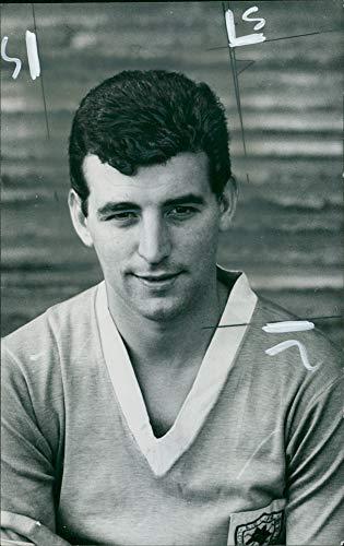 (Vintage photo of Ken Leek, Welsh former footballer of Leicester City F.C.)