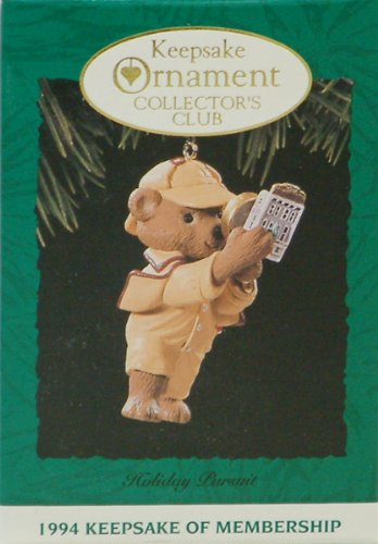 Hallmark Keepsake Ornament - Collectors Club Holiday Pursuit