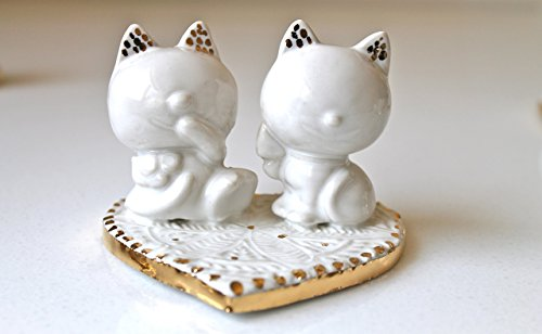 Ceramic wedding cake topper cat couple- handmade wedding cake topper 22k gold- pottery cake topper mr and mrs cat- cat cake topper in white