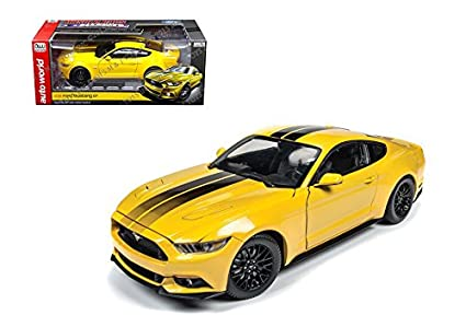 Amazon Com Auto World 1 18 Muscle Cars Usa 2016 Ford Mustang Gt