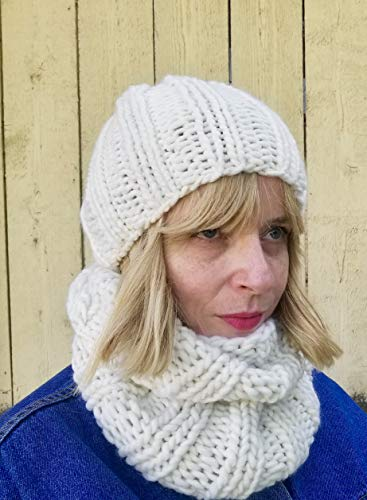 White Chunky Merino Wool Beanie Hat and Infinity Scarf Set (Skull Ski Beanie Cap Snowboard)