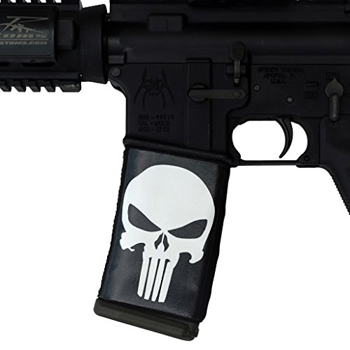 ultimate-arms-gear-5-pack-of-ar-mag-cover-socs-for-30-40rd-polymer-pmag-mags-punisher-black-white