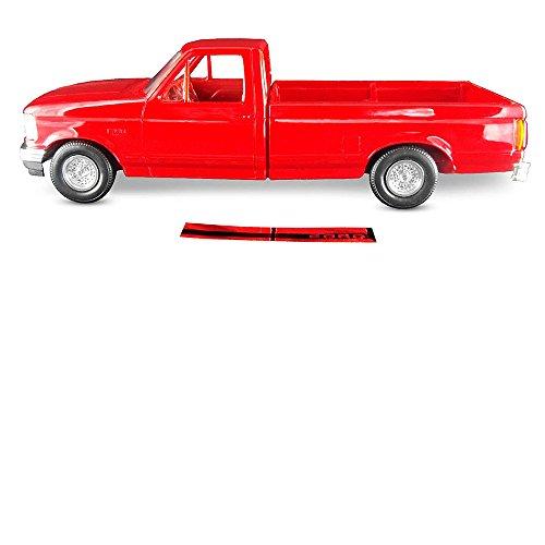 ERTL AMT 1994 Ford F150 Pickup XLT, 1:25 Scale, Crimson Red. Plastic ERTL Promo Collectors Item.