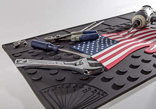 Workbench Mat – Wavy American Flag