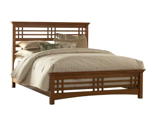 Plantation Bed Queen - Avery Complete Bed with Wood Frame and Mission Style Design, Oak Finish, Queen