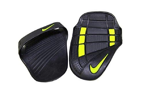 Nike Alpha Training Grip (Medium, Black/Dark Charcoal/Atomic Green)