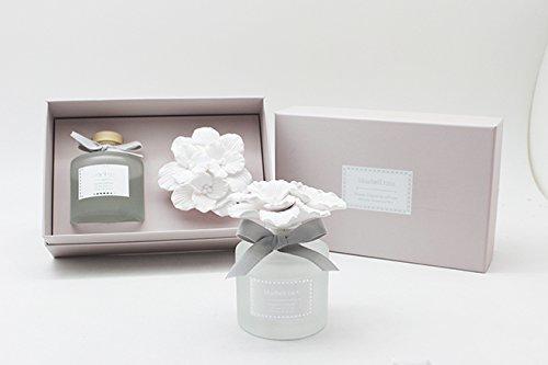 Fragrance Diffuser w/ Gypsum Flower- Bluebell Rain ()