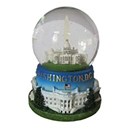 Famous Building of Washington, D.C. Musical Snow Globe (3\