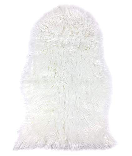 MQ Classic Soft Faux Fur Rug, Faux Sheepskin Fur Area Rugs for Living Room, Bedroom, Sofa Chair Couch Cover, White, 2ft x 3ft For Sale