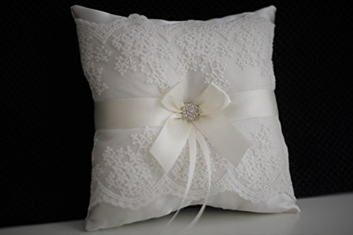 Off white Lace Ring Bearer Pillow for Wedding / Handmade Antique White Wedding Ring Pillow with Rhinestone Brooch, Lace Collection (Gift Baskers)