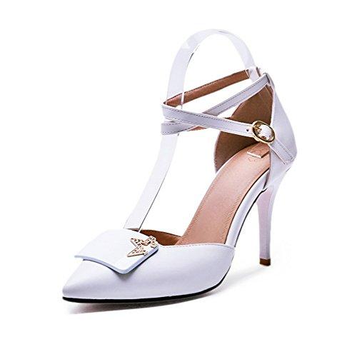 AllhqFashion Damen Blend-Materialien Schnalle Spitz Zehe Stiletto Rein Pumps Schuhe Weiß