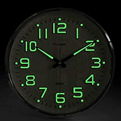 Plumeet Night Light Function, 13-inch Wall Clock with Silent Non-Ticking Night Lights for Indoor Kitchen of Large Number Battery Operated (Silver)