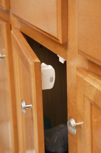 Safety 1st Magnetic Locking System, 1 Key and 8 Locks by Safety 1st (Image #2)