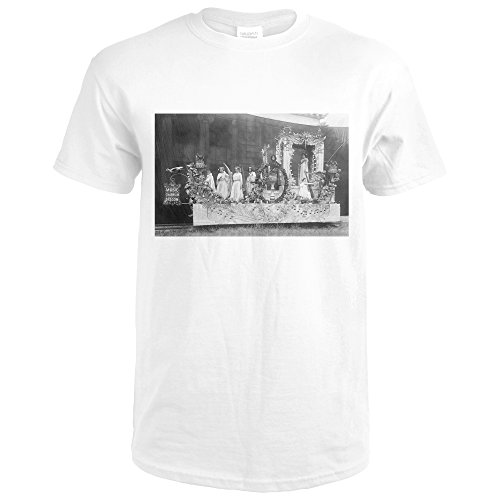 Portland, Oregon - A Rose Show Float, Music Charms in OR (Premium White T-Shirt X-Large) - Charm In Ultra Bathroom