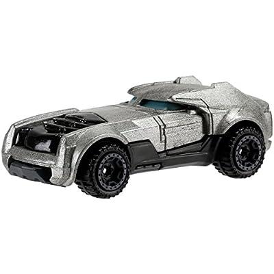 Hot Wheels DC Universe Armored Batman Vehicle: Toys & Games