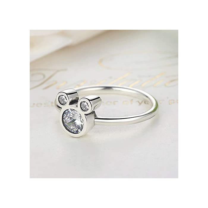 41lJq8%2BFLTL DISEÑO – Olvide preocuparse por el tallaje, el anillo 24Joyas es un anillo abierto ajustable, adaptable a cualquier dedo. Está realizado en plata de ley 925 con una piedra principal brillante de 5 milímetros y cientos de piedras pequeñas alrededor del anillo, un diseño clásico que se mantiene siempre elegante y sofisticado a pesar del paso del tiempo, como el amor. JOYA ELEGANTE – El anillo es una joya refinada, con una delicada y atractiva discreción que distingue a las niñas, chicas y mujeres con buen gusto y elegancia.Ideal para combinar con cualquier vestido y/o ropa casual aportando un toque de belleza y distinción en cualquier situación. MATERIAL DE ALTA CALIDAD – Anillo construído con fina plata de ley 925 y zirconia cúbica de pureza 5A, antialérgica, no contiene constituyentes nocivos, no contiene níquel, no contiene plomo y no contiene cadmio.