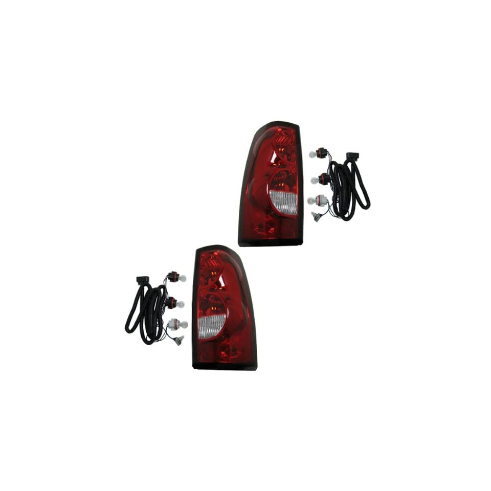 2004 2005 2006 2007 Chevrolet/Chevy Silverado 1500 2500 3500 Full Size Pickup Truck (Fleetside Models Except 3500 Dually) Taillight Taillamp Rear Brake Tail Light Lamp (with dark trim) Pair Set Left Driver And Right Passenger Side (04 05 06 07)