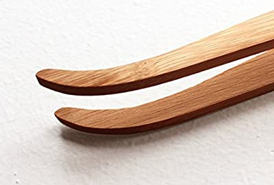 Viper Extra Long Bamboo Tweezer Feeding Tool - 11 inches, Safe, Durable And Flexible, Reduce Injury To Your Reptile's Mouth, Ideal for Iguanas, Bearded Dragons, Lizards, Geckos, Turtles, and Corals