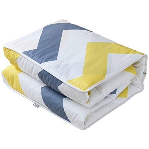HOMEE Cotton Fabric Pillow Quilt Automobile Use Cushions Are Sofa Office Lunch Break Fold Quilt ,4040, Nga Love,We love,4040 by HOMEE (Image #1)