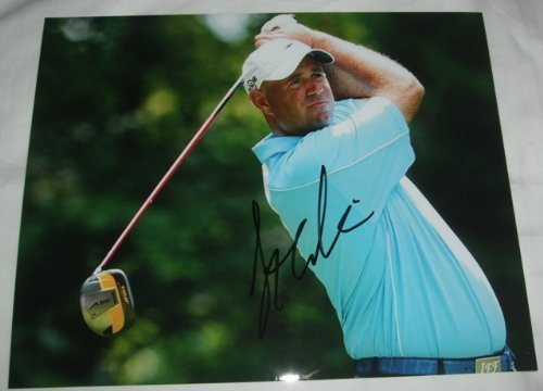 Stewart Cink Autographed PGA 8x10 W/PROOF, Picture of Stewart Signing For Us, Masters Champion, PGA Championship, US Open, The Open Championship, PGA Tour, ()