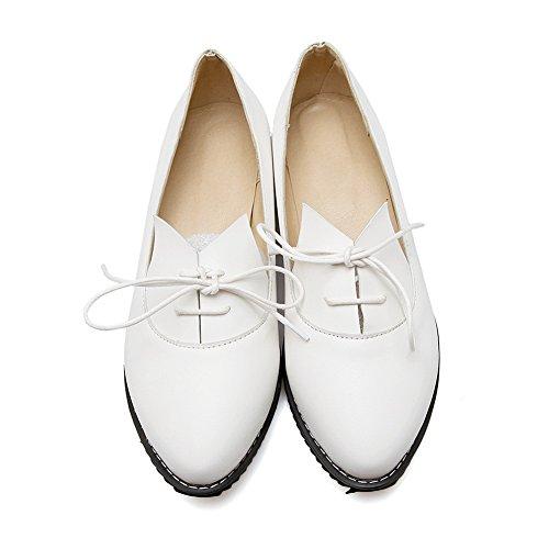 Balamasa Womens Bandage Tacchi Quadrati Solido Urethane Flats-shoes Bianco