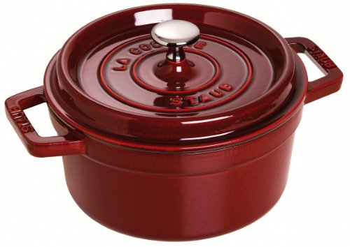 Staub Round Cocotte Oven, 2.75 quart, Best Gift for Christmas / Holiday Season, Kitchenware / Cookware, Strong-Durable Cooking Pot, Grenadine 1102287