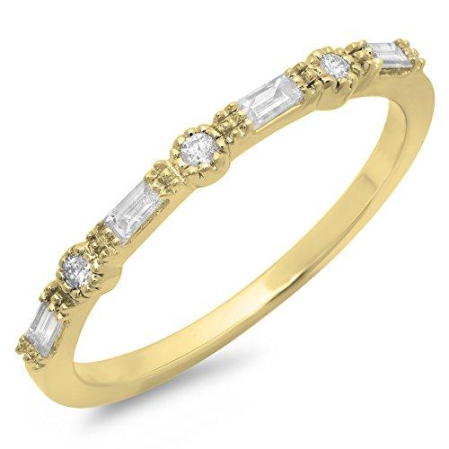 0.15 Carat (ctw) 18K Yellow Gold Round & Baguette Diamond Ladies Millgrain Wedding Band (Baguette Ct Diamond 0.15)