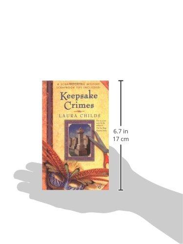 Amazon Keepsake Crimes A Scrapbooking Mystery 9780425190746