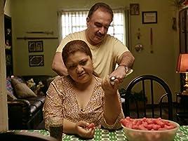 Camilo Lara en CDMX, opera un cine clandestino generando muy buenas ganancias. Jon Jairo se anima a ir al casting para ...
