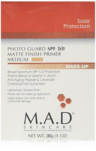 M.A.D SKINCARE SOLAR PROTECTION: Photo Guard SPF 50 Matte Finish Primer: Medium - 30g - Matte Photo Finish