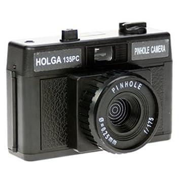 Lomographic Cameras 4578 Holga 135 Pinhole Camera Package Black