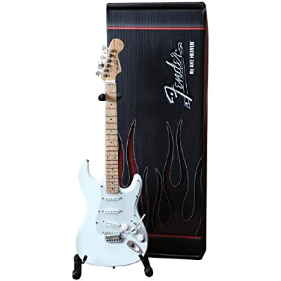 axe-heaven-fs-008-fender-strat-olympic