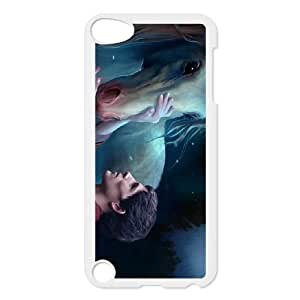 iPod Touch 5 Case White Merlin WQ7495096