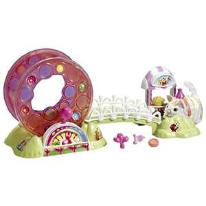 Hasbro Furry Frenzies Parque de atracciones Gira Gira - Parque de atracciones de juguete con rueda para mascotas