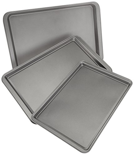 AmazonBasics 3 Piece Nonstick Baking Sheet