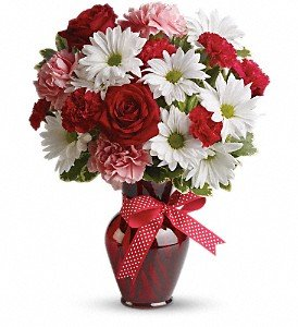 Hugs And Kisses Bouquet (Mr. Bokay Nationwide Florist Hugs and Kisses Bouquet with Red Roses)