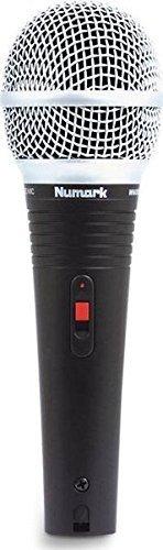 Numark WM200 | Cardioid Dynamic Microphone with XLR-to-1/4 Connection Mounting Clip & Transport Case [並行輸入品] B076YZJLQB