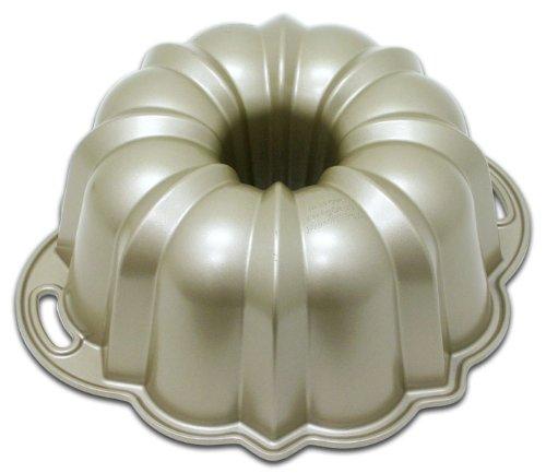 Nordic Ware Original 10-15 Cup Bundt Cake Pan