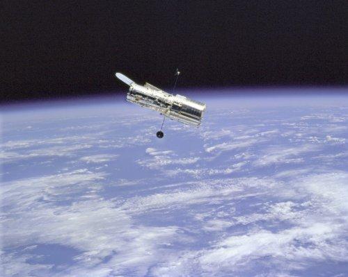 New 11x14 NASA Photo: Hubble Space Telescope & Earth Limb by Victoria