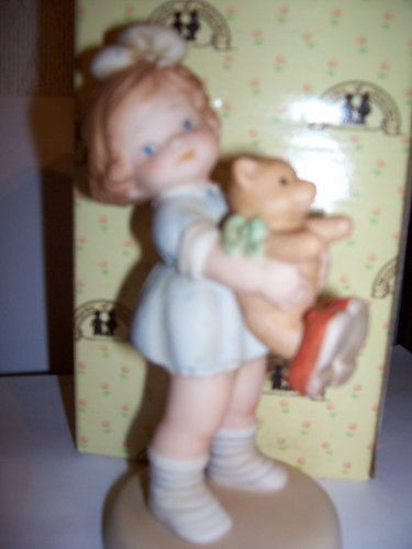 "Memories of Yesterday ""Time For Bed"" Porcelain Girl With Teddy Bear Figurine"