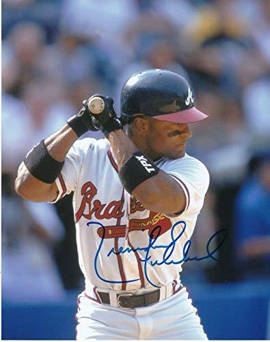 - TRENIDAD HUBBARD ATLANTA BRAVES ACTION SIGNED 8x10 - Autographed MLB Photos