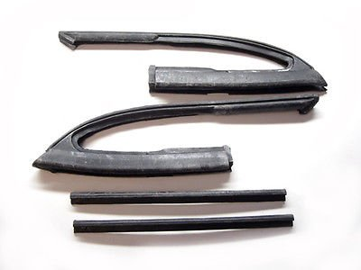 The Parts Place El Camino Vent Window Weatherstrip With Post Divider ()